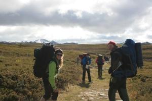 Sandra, Merete og Lars på vei inn i Rondane fra Brekkeseter
