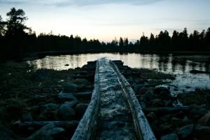 Tømmerrenna ved broa ved Lorthølbua