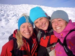 Jentene på tur, f.v. Elisabeth, Mari og jeg