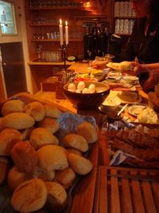 Blåhammarstugan er kjent for maten - og det forstår vi godt!